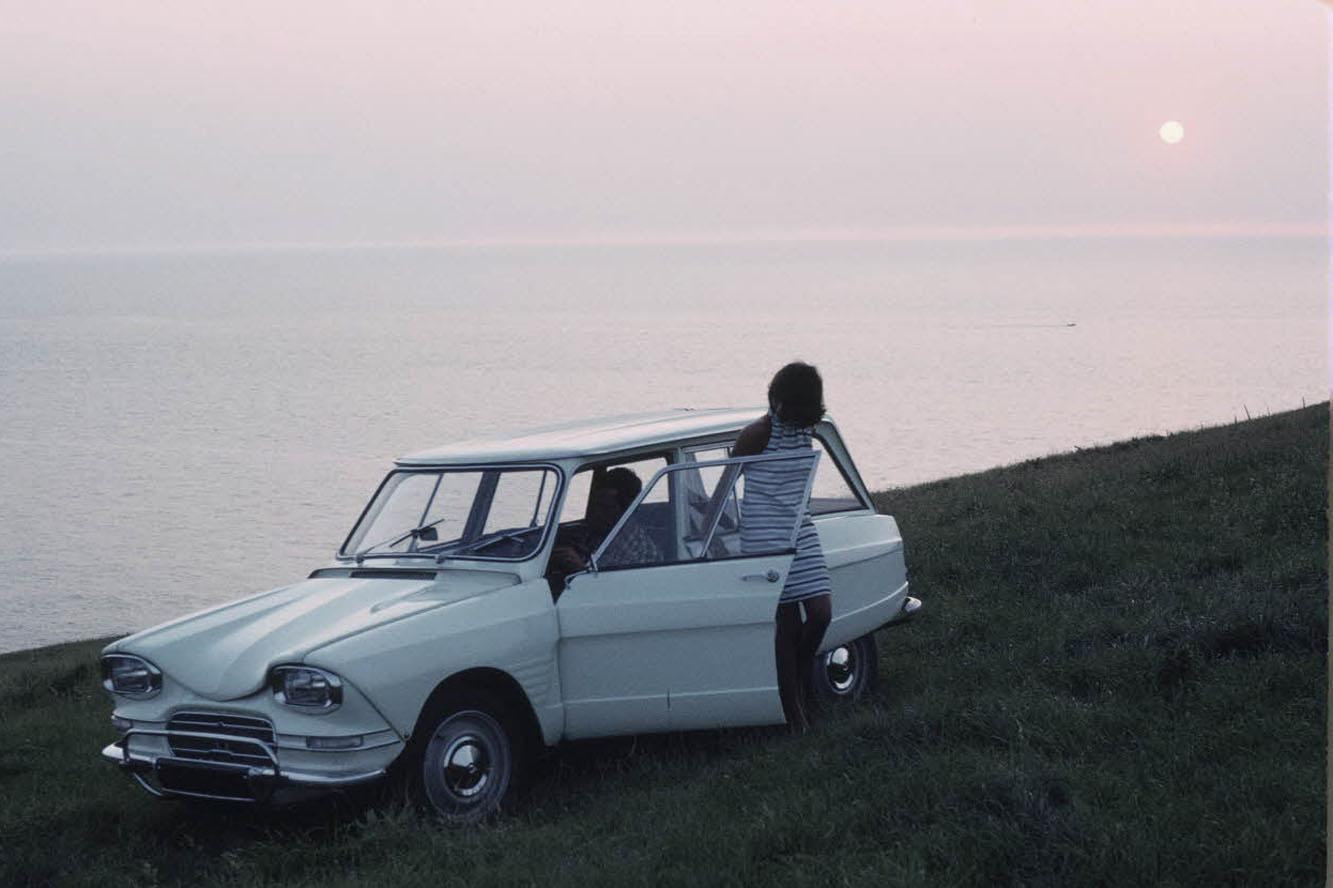AMI 6 Break 1967 3/4 avant
